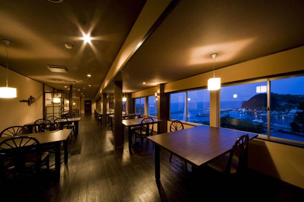 海の見えるレストラン